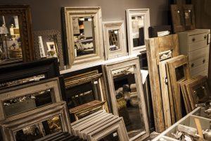Erinevad peegliraamid